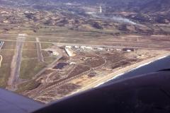Vue de L'école 55S et de l'aéroport